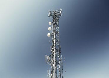 Świat gotowy na sieć 5G. W ciągu kilku miesięcy na rynek trafi mobilny hotspot 5G, zapewniający niemal szerokopasmowy dostęp do internetu