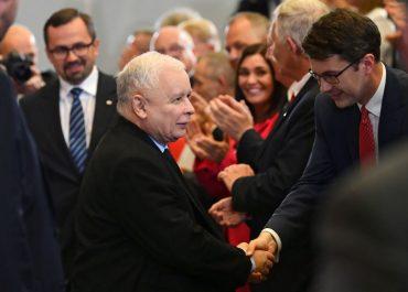 Czy J. Kaczyński zapisał się na szczepienie?