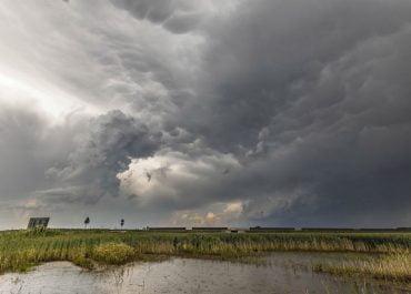 Ostrzeżenia III stopnia przed burzami z gradem dla północno-wschodnich krańców Polski i dla Tatr