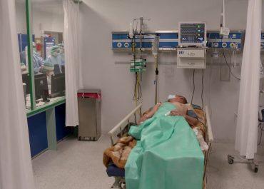 Brak łóżek i rąk do pracy w szpitalu uniwersyteckim w Białymstoku