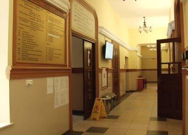 Pięciomiesięczna dziewczynka w szpitalu w Rzeszowie. Zarzuty i policyjny areszt dla matki