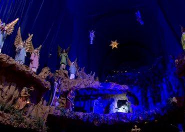 Prawdopodobnie największą bożonarodzeniowa szopka w Europie. Stworzyli ją poznańscy Franciszkanie