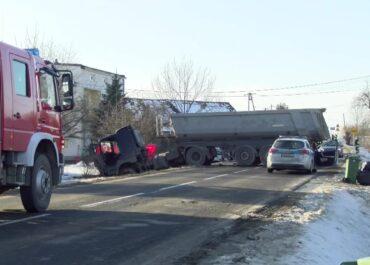 Poważny wypadek w Małopolsce. Jedna osoba nie żyje.