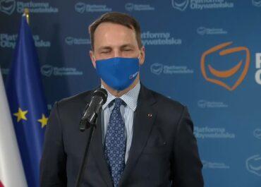 """R. Sikorski jako """"europoseł reprezentujący Radio Maryja"""" proponuje audycję na swój koszt"""