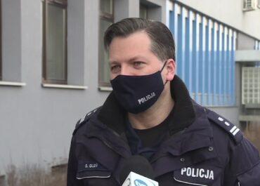 Na mszy w małopolskiej wsi było 160 osób, ktoś powiadomił policję.