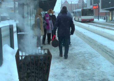 Koksowniki na przystankach autobusowych w Olsztynie