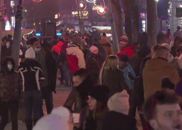 Turyści zjechali do Zakopanego. Posypały się mandaty za niestosowanie się do reżimu sanitarnego