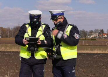 Policyjny dron nad drogami i mandaty dla kierowców w Lublinie.