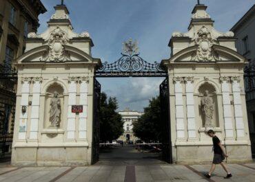 Zarzuty przemocy seksualnej na Uniwersytecie Warszawskim.