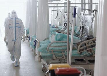 Czy możemy opóźnić czwartą falę pandemii?