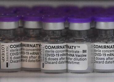 Do Polski trafi dodatkowe około 4,3 mln szczepionek firmy Pfizer.