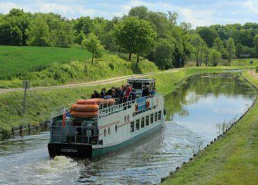Ruszył sezon żeglugowy na Kanale Elbląskim