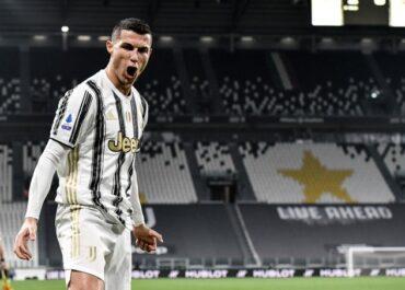 Niesamowity rekord Cristiano Ronaldo. Portugalczyk pierwszym piłkarzem, który strzelił po minimum 100 goli dla czterech drużyn
