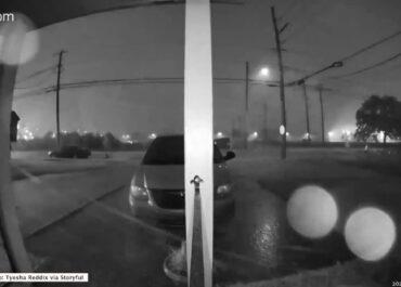 Tornado przeszło przez Nowy Orlean. Prędkość wiatru sięgała 150 kilometrów na godzinę