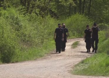 Około 200 policjantów i strażaków szuka dwóch zaginionych nastolatków z Lubuskiego.