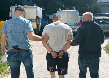 Miał w mieszkaniu kokainę wartą 1,8 mln złotych. Został zatrzymany.