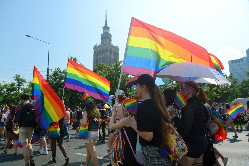 Parada Równości w Warszawie z patronatem prezydenta Rafała Trzaskowskiego.