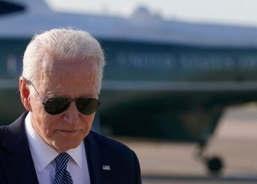 """""""Nie szukamy konfliktu"""". J. Biden przed spotkaniem z W. Putinem."""