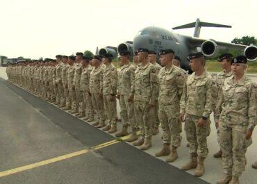 Wracają z Afganistanu. Pierwsi polscy żołnierze są już w kraju.