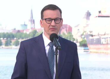 """M. Morawiecki: Projekty z """"Polskiego Ładu"""" będą realizowane niezależnie od kłód rzucanych nam pod nogi."""