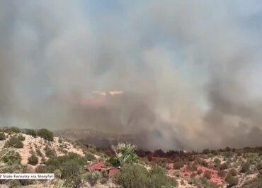 Pożary w Arizonie. Ogień objął obszar ponad 400 hektarów, nakazano ewakuację.