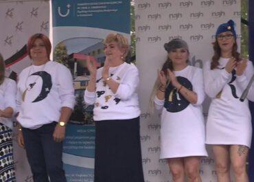 Pokaz mody w katowickim szpitalu. Na wybiegu pacjentki onkologiczne