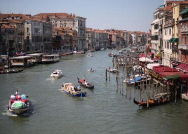 Pod laguną w Wenecji odkryto pozostałości antycznej drogi.