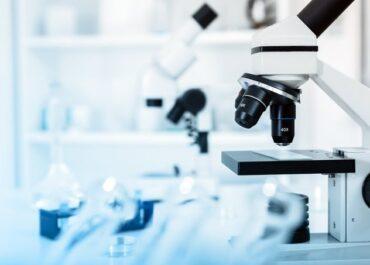 Polska będzie refundować jedną z najnowocześniejszych terapii na świecie. To szansa na całkowite wyleczenie ostrej białaczki