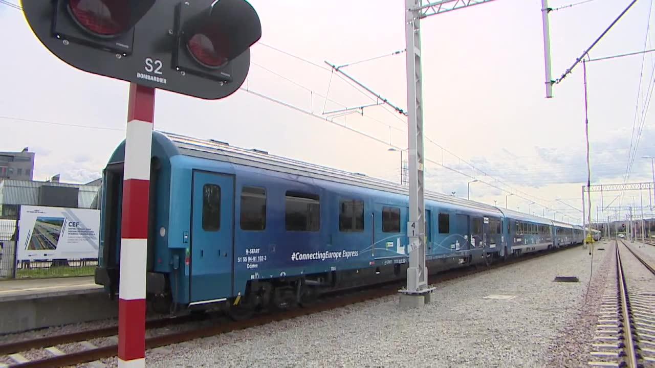 Pociąg wodorowy i 500 wystawców. Międzynarodowe Targi Kolejowe Trako w Gdańsku.