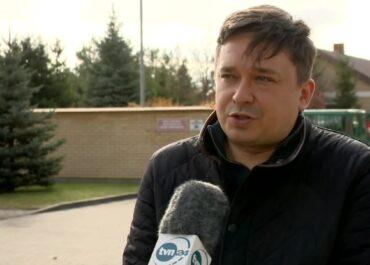 """""""Lekarze powinni być wpuszczani na teren stanu wyjątkowego"""". RPO odwiedził ośrodki dla uchodźców na Podlasiu."""
