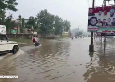 Ulewy, powodzie i osuwiska na północy Indii. Wiele ofiar.