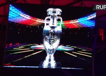 """""""Zjednoczeni przez piłkę nożną. Zjednoczeni w sercu Europy"""". Zaprezentowano logo i hasło Euro 2024 w Niemczech"""